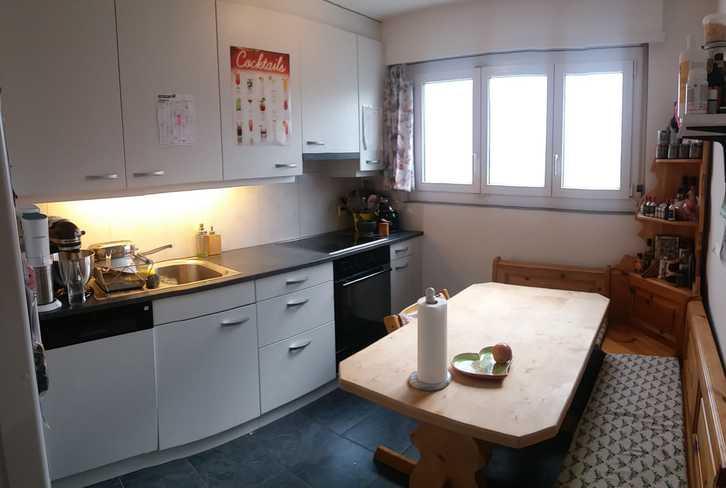 4 Zimmer Wohnung mit Balkon an ruhiger Lage 2