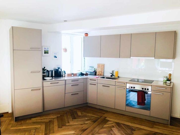 Moderne 2.5 Zimmer Altbauwohnung an zentraler Lage 3