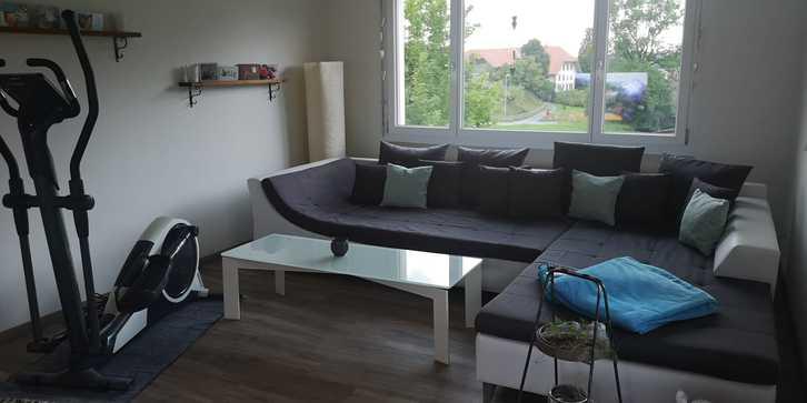 Renovierte, attracktive sowie preiswerte 4-Zimmer Wohnung 2.OG in Zweifamilienhaus inkl. Garage und Aussenparkplatz in Roggliswil 1'350.- pro Monat 4