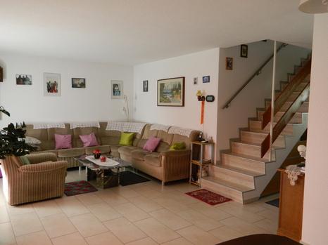 5.5 Zimmer Einfamilienhaus inkl. 2 Garagenboxen 4