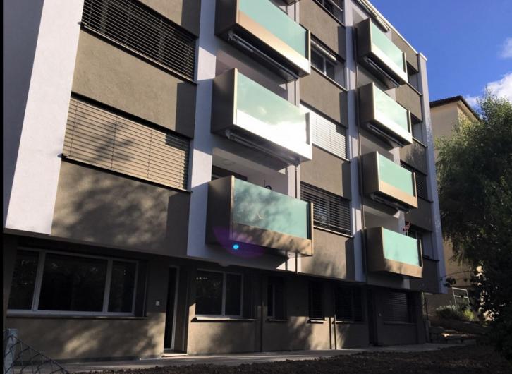 Appartement 1.5 pièces entièrement rénové avec balcon 2000 Neuchâtel