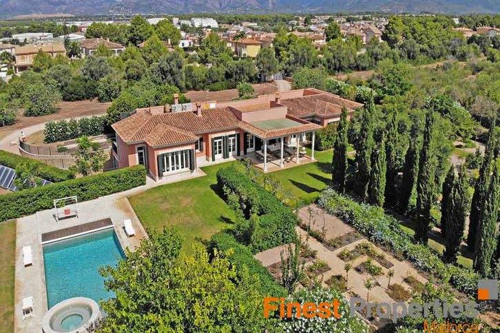 Villa im eleganten Bungalowstil auf Mallorca zu verkaufen 2