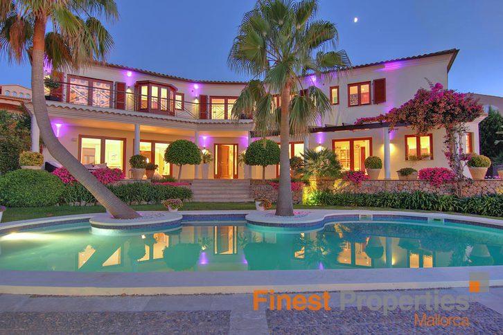 Repräsentative Luxusvilla mit Meerblick in begehrter Lage in Santa Ponsa, Mallorca zu verkaufen 07183 Costa de la Calma,  Mallorca