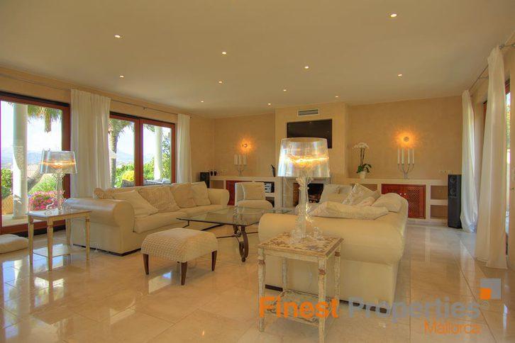 Repräsentative Luxusvilla mit Meerblick in begehrter Lage in Santa Ponsa, Mallorca zu verkaufen 3