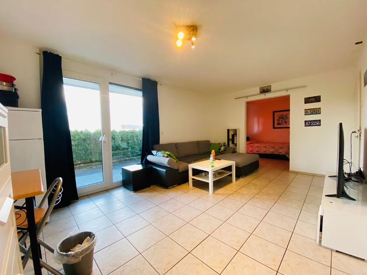 Schöne 2 Zimmer-Einliegerwohnung am Hang in Killwangen 2