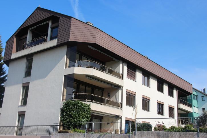 4.5 Zi Wohnung in Oberwil 4104 Oberwil