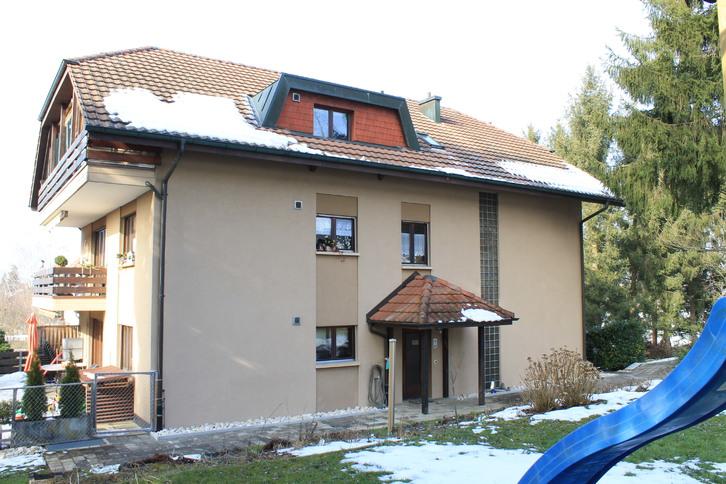 4.5 Zimmer Dachwohnung 4853 Riken AG
