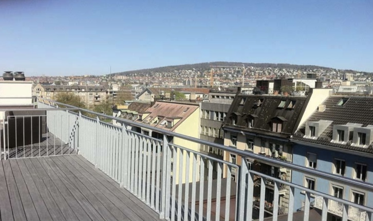 Penthouse mit privater Dachterrasse  8004