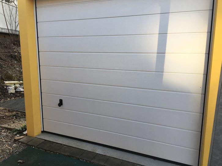 Garage zu vermieten  Dürrenäsch
