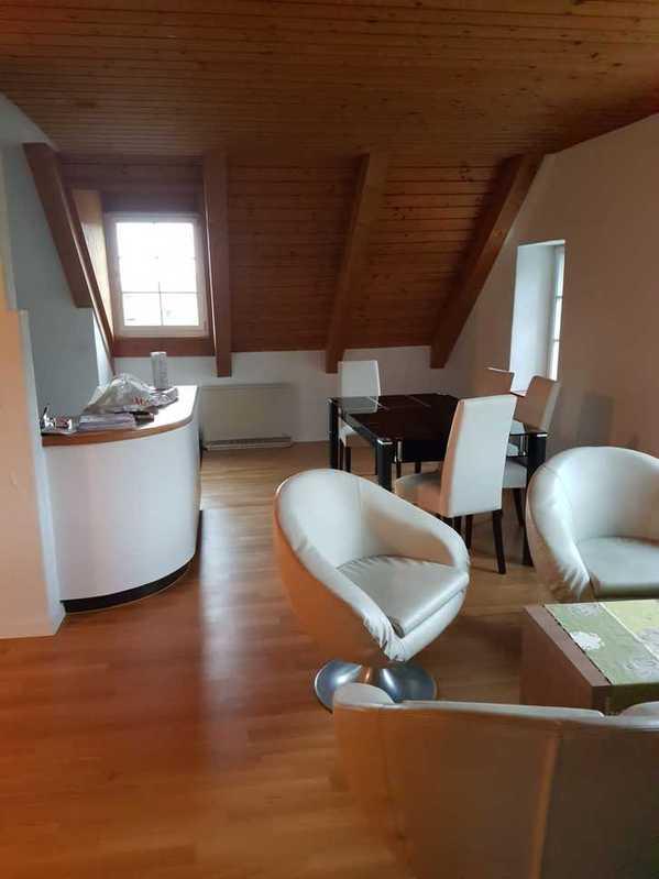 2 Zimmer Dachwohnung 4