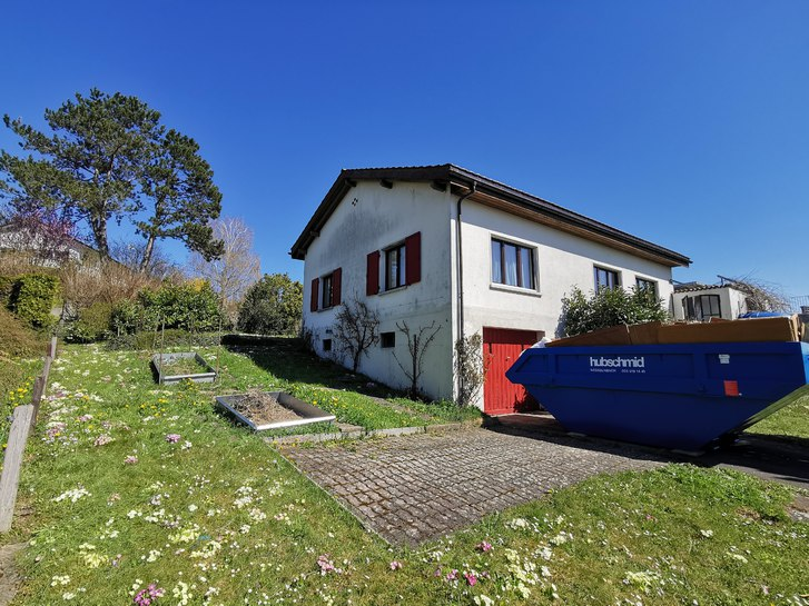 Ruhiges freistehendes 5.5 Zi.-EFH - 750m2 Garten, Terrasse, Aus- & Fernsicht 2