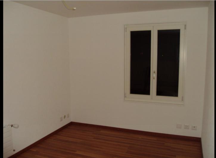 Charmante 2.5 Zimmer-Wohnung 2