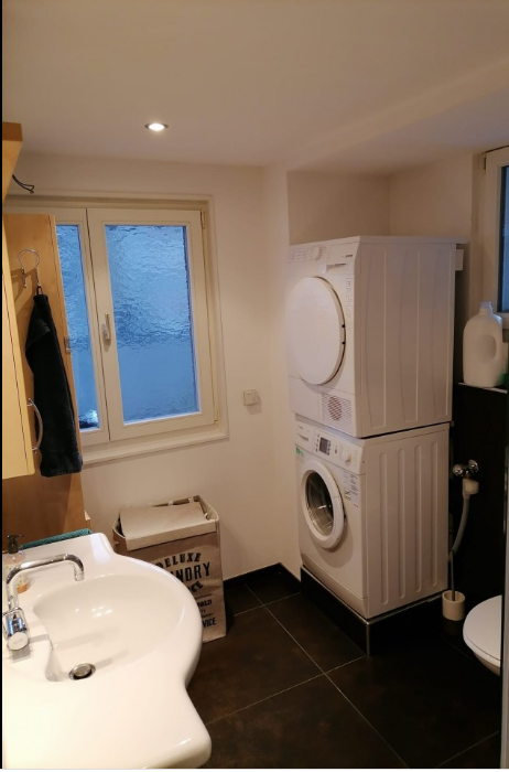 Charmante 2.5 Zimmer-Wohnung 4