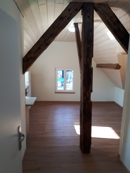 2.5 Zimmer Dachwohnung in 4911 Schwarzhäuesern 4911 Schwarzhäusern