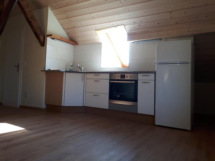 2.5 Zimmer Dachwohnung in 4911 Schwarzhäuesern 3
