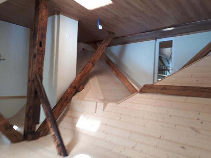 2.5 Zimmer Dachwohnung in 4911 Schwarzhäuesern 4