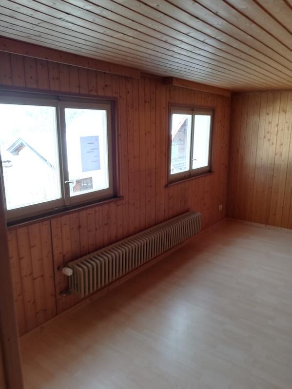 2.5 Zimmer Wohnung in Peist 3