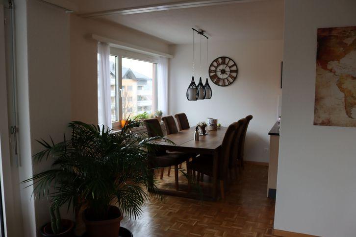 Schöne, helle 4.5-Zimmer-Wohnung in Siebnen SZ 2