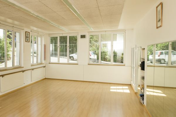 Räume stundenweise zu vermieten (Tanz, Yoga, Gymnastik o.ä.) 2