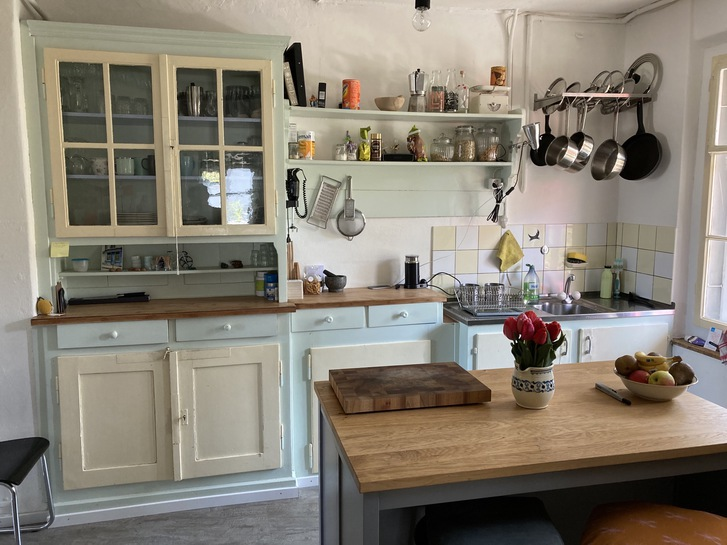 Zu vermieten 4-Zimmer-Altwohnung in altem 2-Familienhaus  3072 Ostermundigen