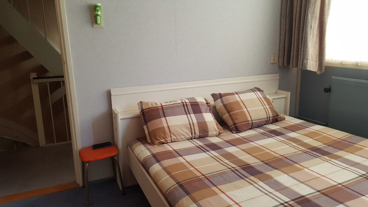 Rooms in a Furnished home Zürich