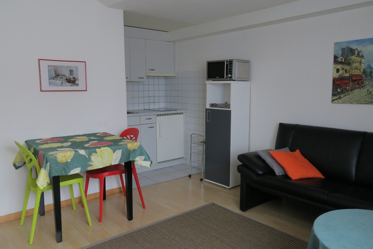 2-Zimmerwohnung an Wochenaufenthalter/in 2