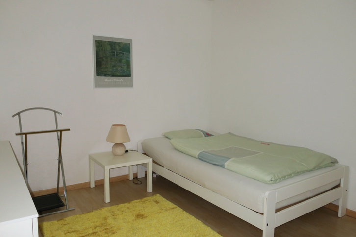2-Zimmerwohnung an Wochenaufenthalter/in 3