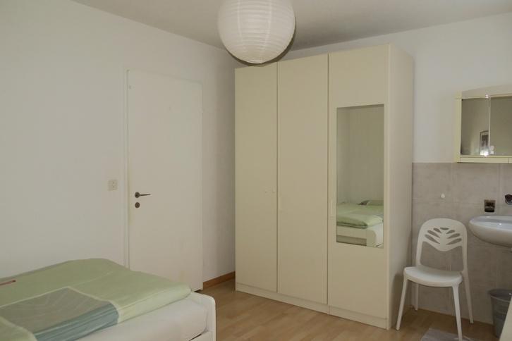 2-Zimmerwohnung an Wochenaufenthalter/in 4