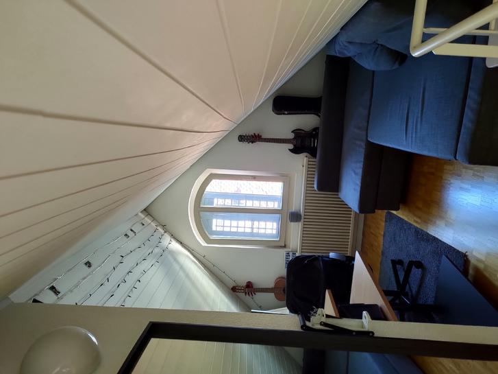 2.5 Zimmer Maisonette mit Balkon mitten in der Altstadt 4