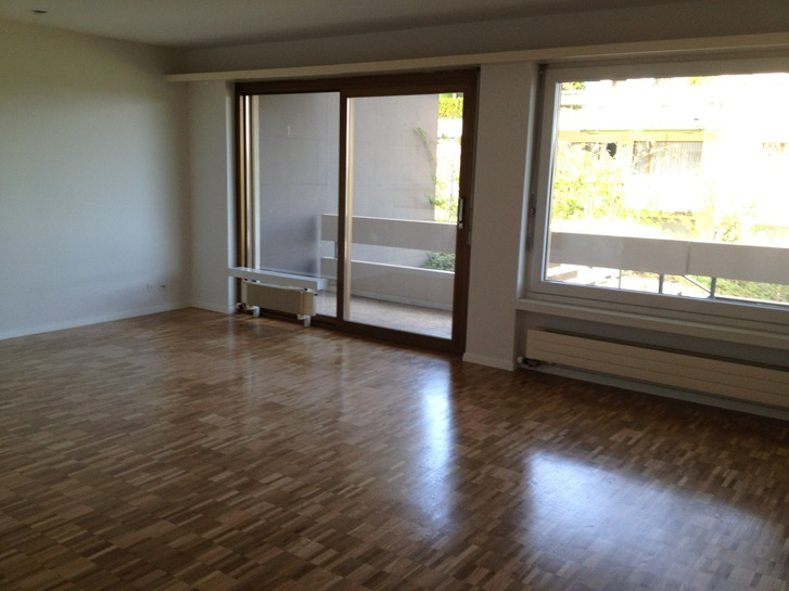 2,5 Zimmer Wohnung mit Seesicht 3