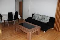 Appartementhaus FORTUNA, helle 2.5-Zimmerwohnung mit grossem Balkon mit Morgensonne