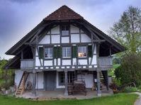 Biete Mitwohnen in wunderschönem Stöckli Nähe Solothurn