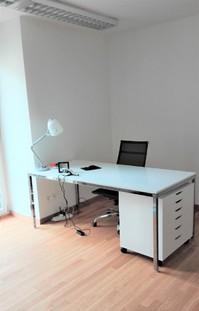 25 m2 Büro in renoviertem Altbau in Wollishofen