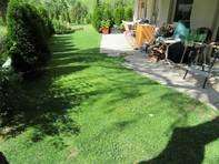Appartementhaus Petit Trianon, helle 2.5-Zimmerwohnung mit grosser Terrasse ruhig und wunderschöner Blick