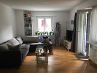 Grosszügige Helle 3.5 Zimmer Wohnung in Zweifamilienhaus