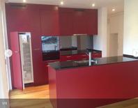 Moderne 3.5 Zimmer Wohnung mit 50 m2 Rasensitzplatz