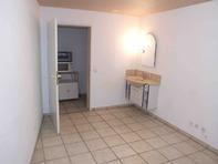 Praxisraum, Büroraum, Atelier, Hobbyraum oder Bastelraum mit sep WC