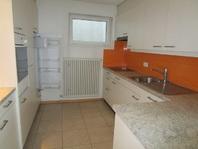 Appartamento in casa bifamiliare con giardino e piscina