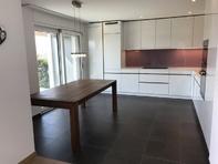 Helle, moderne, familienfreundliche 4.5-Zimmer-Wohnung im EG