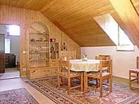 Grosse 21/2-Zimmer-Dachwohnung in Loco, Valle Onsernone, Tessin