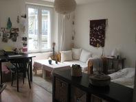 helle, moderne 2,5-Zimmer-Wohnung an zentraler Lage in Fribourg