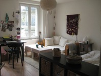 Appartement lumineux, moderne, très central, dès aout/juillet