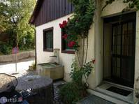 Wohnung mit Sauna, Fitnessraum und Riesengarten