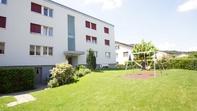 Grosszügige lichtdurchflutete 4.5 Zimmerwohnung in Niederwil AG