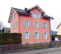 3 1/2 Dachwohnung in 3-Familienhaus