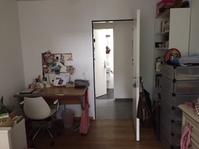 Schönes helles Zimmer