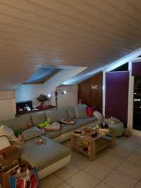 Nachmieter für 2.5 Zi Dachwohnung gesucht Fr.890.-