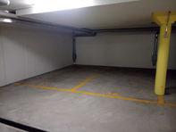 Parkplatz in Tiefgarage, Einstellplatz