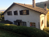 3 Zimmer Dachwohnung mit schöner Aussicht