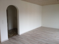 Sonnige 3.5 Zimmer Wohnung in Biel auf 1. Juli